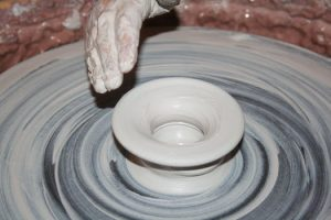 Man molding clay - Reputation Marketing for Home inspectors | The Savvy Inspector